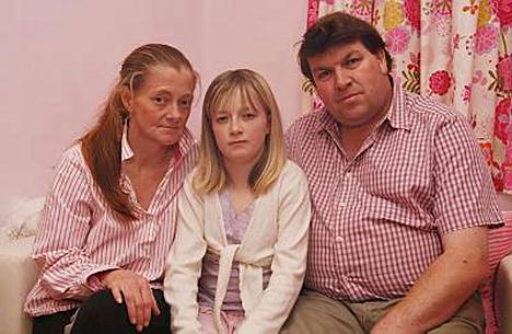 Hannahin vanhemmat Kirsty ja Andrew Jones eivät ole onnistuneet kääntämään tyttärensä päätä.