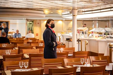 Gabriellan ravintolapäällikkö Erica Lehtisen mukaan moni matkustaja on kaivannut laivan buffetpöytiä.