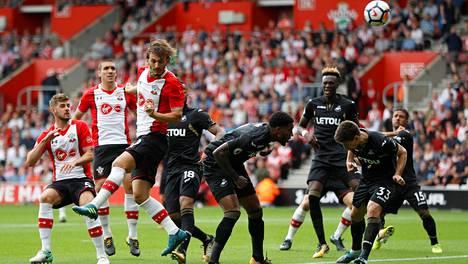Southampton avasi valioliigakautensa viime lauantaina 0-0-tasapelillä Swanseaa vastaan.