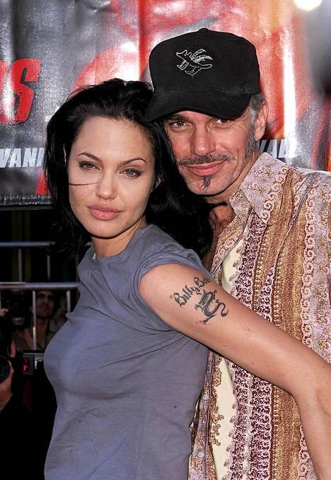 Angelina Jolie vei Billy Bob Thorntonin Laura Derniltä.