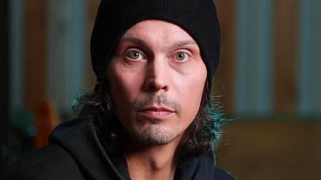 """Ville Valo teki yhtyeensä kanssa uutta musiikkia – Facebookiin ilmestyi päivitys: """"Kokonaisuus on valmis"""""""
