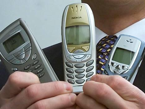 Saavatko nämä Nokian suosikkipuhelimet nykyaikaisia seuraajia? 2000-luvun alussa Nokia markkinoi muun muassa Communicator 9210 -, 6310- ja 8310-malleja.