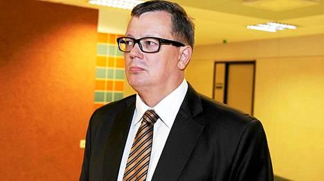 Juha Joutsenlahti kuvattuna keskiviikkona Satakunnan käräjäoikeudessa.