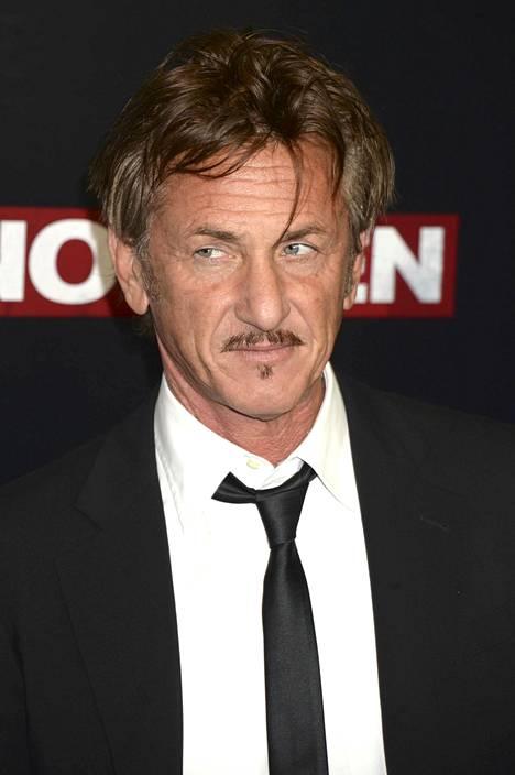 Sean Penn meni naimisiin kolmatta kertaa.