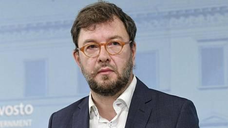 Liikenneministeri Timo Harakka (sd).