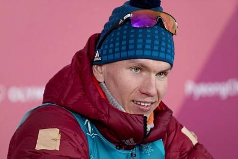 Aleksandr Bolshunov sai kotona ruista ranteeseen.
