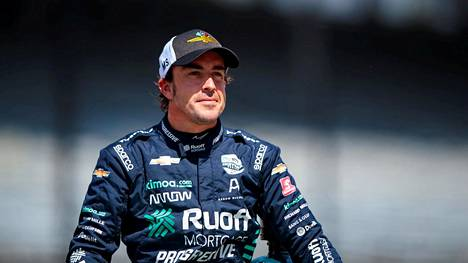 Fernando Alonso selvisi pyöräilyonnettomuudestaan murtuneella leukaluulla.