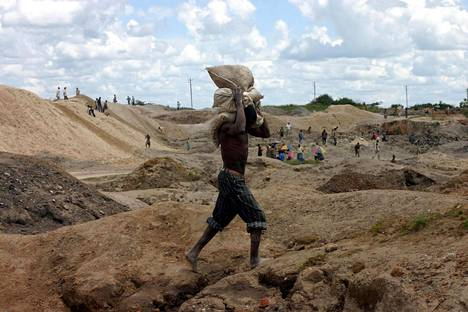 Kongon kobolttikaivoksissa työolosuhteet eivät ole kaksiset.
