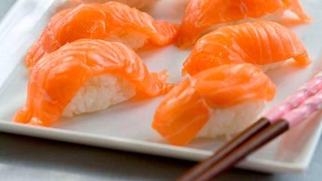 Tuoreesta kalasta tehdyt nigirisushit ovat tammikuun himoruokaa.