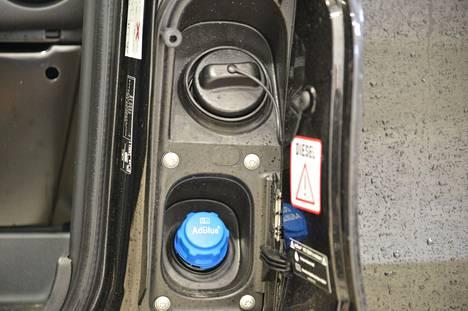 AdBlue-teknologialla vähennetään dieselmoottoreiden päästöjä.