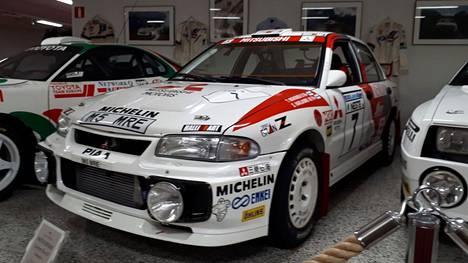 Tällä autolla Tommi Mäkinen aikoo ampaista Harjun pikataipaleelle lokakuussa.