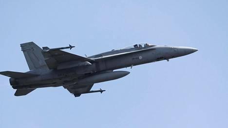 F/A-18 C/D Hornet -monitoimihävittäjä