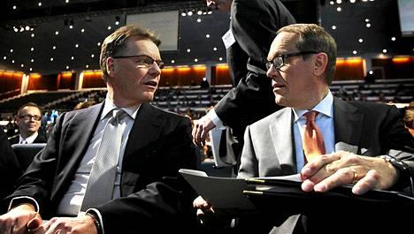 Nokian ex-toimitusjohtaja Olli-Pekka Kallasvuo on ainoita ylimmän johdon kasvoja, joita Ollila kritisoi kirjassaan.
