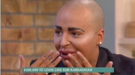 Jordan Parke haluaa näyttää Kim Kardashianilta.