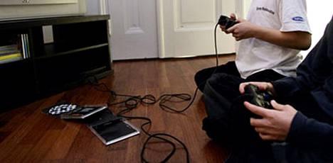 Keskiviikkona julkaistun EU-tutkimuksen mukaan videopelit voivat nimittäin olla jopa hyväksi lapsille, sillä ne kannustavat luovuuteen ja yhteistyöhön.