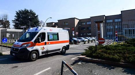 Kahden ihmisen kerrottiin lauantaina kuolleen Italiassa koronavirukseen.