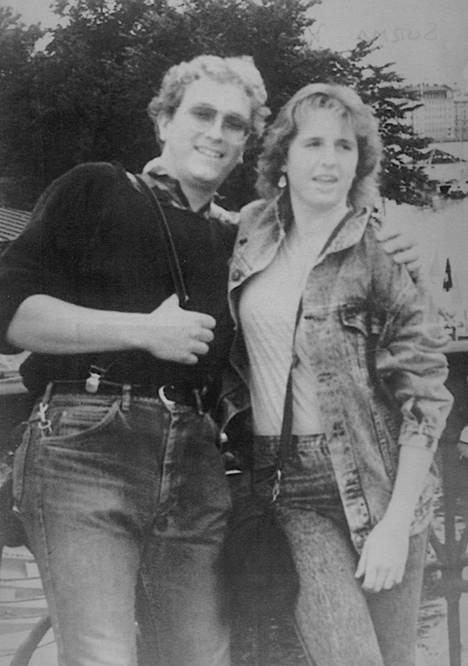 Saksalaiset Klaus Schelkle ja Bettena Taxis pahoinpideltiin Viking Sallylla 28.7. vastaisena yönä. Schelkle menehtyi saamiinsa vammoihin.