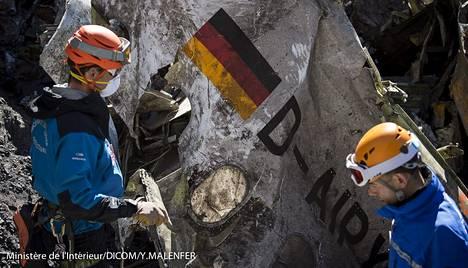 Germanwingsin Airbusin palasien kerääminen Ranskan Alpeilta kesti viikkoja.