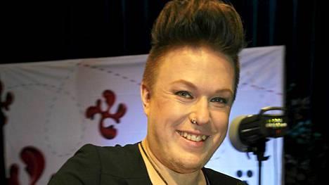 Jesse Kaikuranta tuli kolmanneksi Voice of Finlandissa. Nyt Jesse on ykkönen. Hän putsasi palkintopöydän Iskelmä Gaalassa.