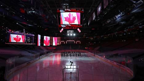Itäisen konferenssin pudotuspelijoukkueet jatkavat kautta Torontossa.