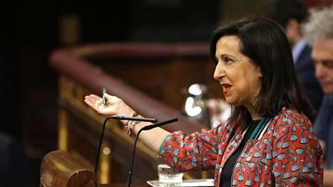 Margarita Robles on Espanjan uusi puolustusministeri ja yksi hallituksen yhdestätoista naisministeristä.
