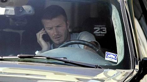 David Beckham joutui ketjukolariin.