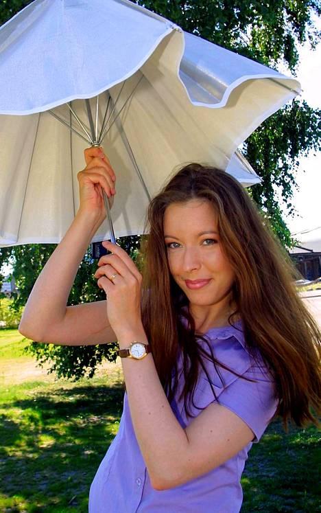 Mette Mannonen vuonna 2001.