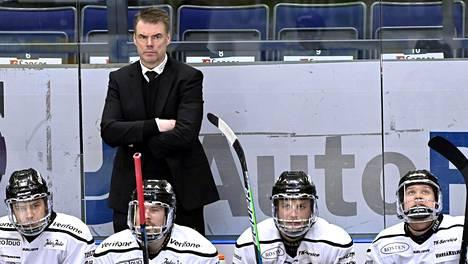 Raimo Helmisen TPS yllätti kaikki ja ylsi SM-liigassa hopealle.