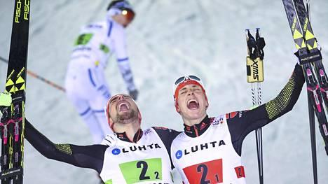 Norjan Magnus Krog joutui seuraamaan sivusta Saksan Johannes Rydzekin ja Eric Frenzelin kultajuhlia.