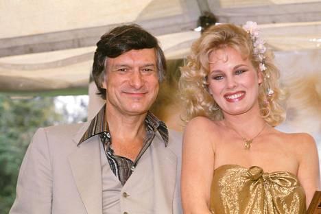 Playboy-moguli Hugh Hefner ja Dorothy Stratten.