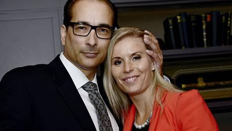 Heikki Lampela ja Hanna Kärpänen eivät sittenkään vietä yhteistä joulua.