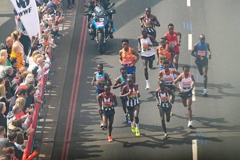 Perinteisellä tyylillä Lontoon marantonilla taivalta taittaneiden urakka päättyi jo sunnuntaina.