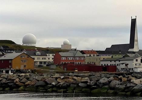 Länsi-Euroopan koillisimman kaupungin Vuoreijan maamerkki on tutka-asema, joka virallisesti tarkkailee avaruusromua. Aivan lähellä on venäläisten ydinsukellusveneiden tukikohdat, joten kiinnostavaa seurattavaa riittää myös maalla ja veden alla.