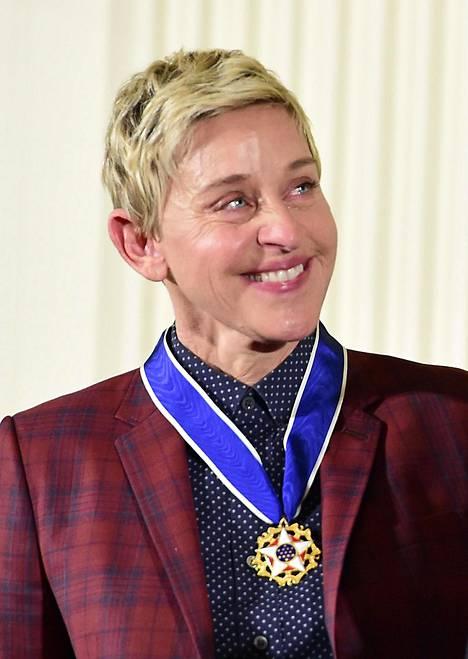 Barack Obama luovutti Presidential Medal of Freedomin DeGeneresille vuonna 2016.