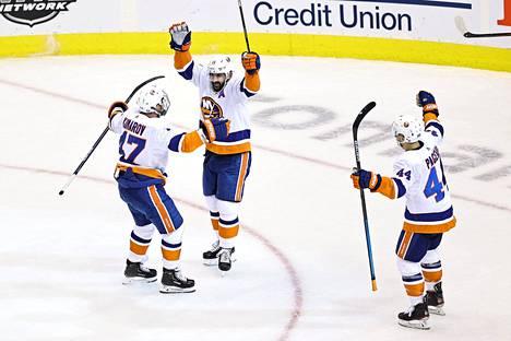 Islanders on ajanut Capitalsin nurkkaan.