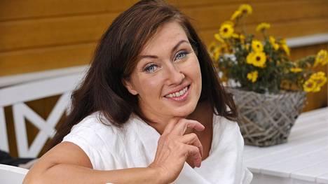 Saija Varjuksella on riittänyt vastoinkäymisiä.