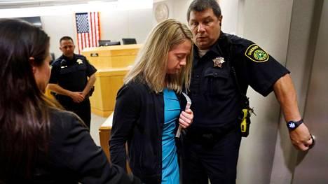 Amber Guyger sai kymmenen vuoden vankeustuomion.