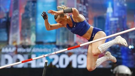Anzhelika Sidorova nappasi kultaa Dohan MM-kisoista viime syksynä.