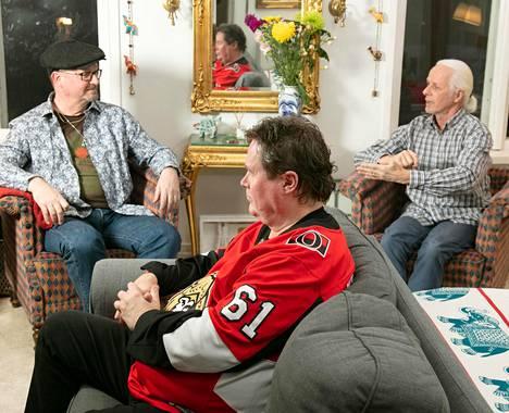 Bogart Co. -yhtyeen Sami Piipari, Kai Stenman ja Johnny Gustafsson helmikuussa.
