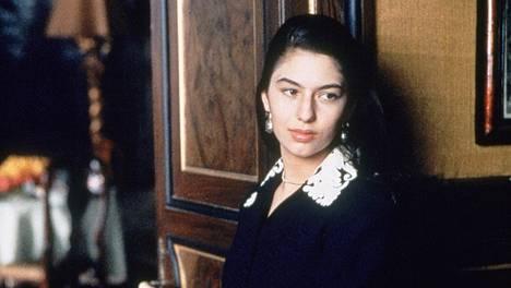 Sofia Coppola näyttelee Mary Corleonea Kummisetä III -elokuvassa