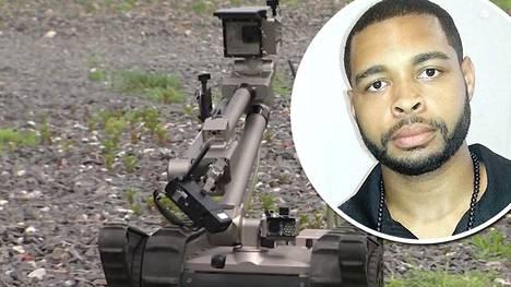 Micah Xavier Johnson kuoli poliisin kauko-ohjattavan robotin räjäyttämään pommiin.