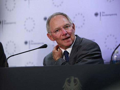 Wolfgang Schäuble uskoo, että Espanjan hallitus pysyy vastuullisena apuohjelmassa.