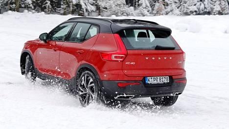 Vuoden Auto Euroopassa 2018 on Volvon tuore XC40. Ilta-Sanomat osallistui automallin talviajotestiin Saksan ja Itävallan rajalla helmikuussa.