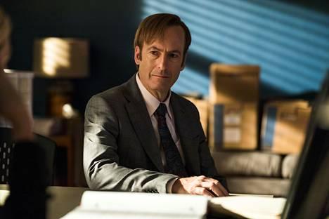 Better Call Saul kertoo asianajaja Jimmy McGillin (Bob Odenkirk) taustatarinan.