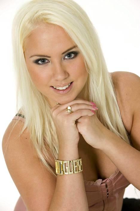 Henna Kalinainen kuvattuna 2008.