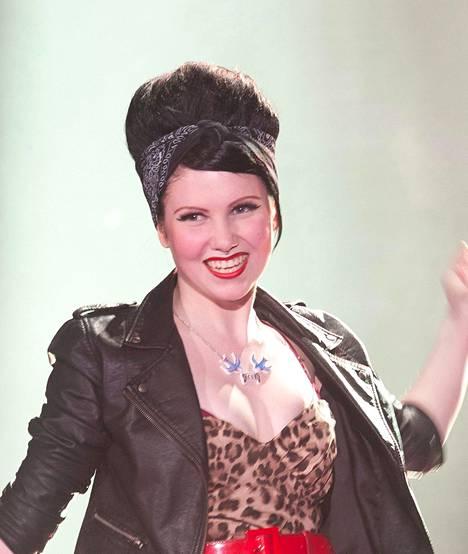 Eveliina Tammenlaakso kisasi keväällä 2012 The VOice of Finlandin ensimmäisellä tuotantokaudella Elastisen tiimissä.