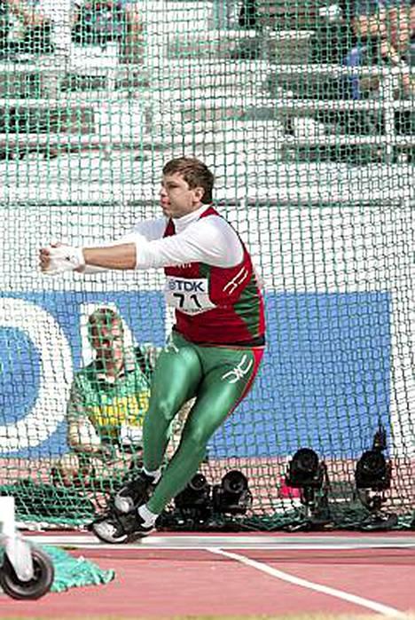 Vadim Devjatovskij saa takaisin Pekingin olympiahopeansa CASin mukaan epäpätevien dopingtestien takia.