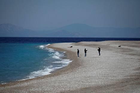Finnair liikennöi Kreikan lomakohteista muun muassa Rodokselle, jonne useat matkanjärjestäjät tarjoavat myös pakettimatkoja.