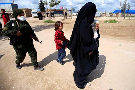 Al-Holin leirillä on myös paljon lapsia.