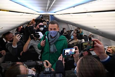 Viimeisiä hetkiä vapaana. Myrkytetty oppositiojohtaja Aleksei Navalnyi vietiin elokuussa hoidettavaksi Saksaan. Kun hän eilen palasi takaisin Venäjälle, hänet pidätettiin heti lentokentällä.